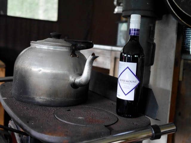 En een stevig rood wijntje past daar prima bij
