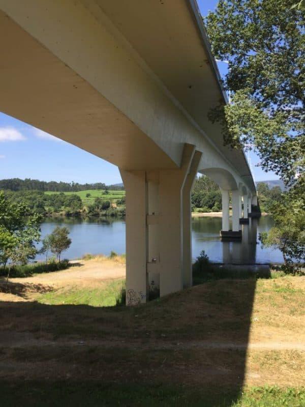 brug naar Spanje, leuk om even overheen te fietsen!
