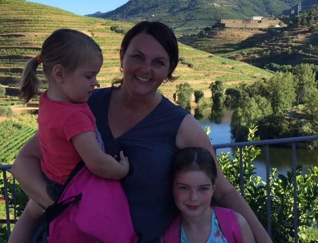 met kinderen in de douro vallei